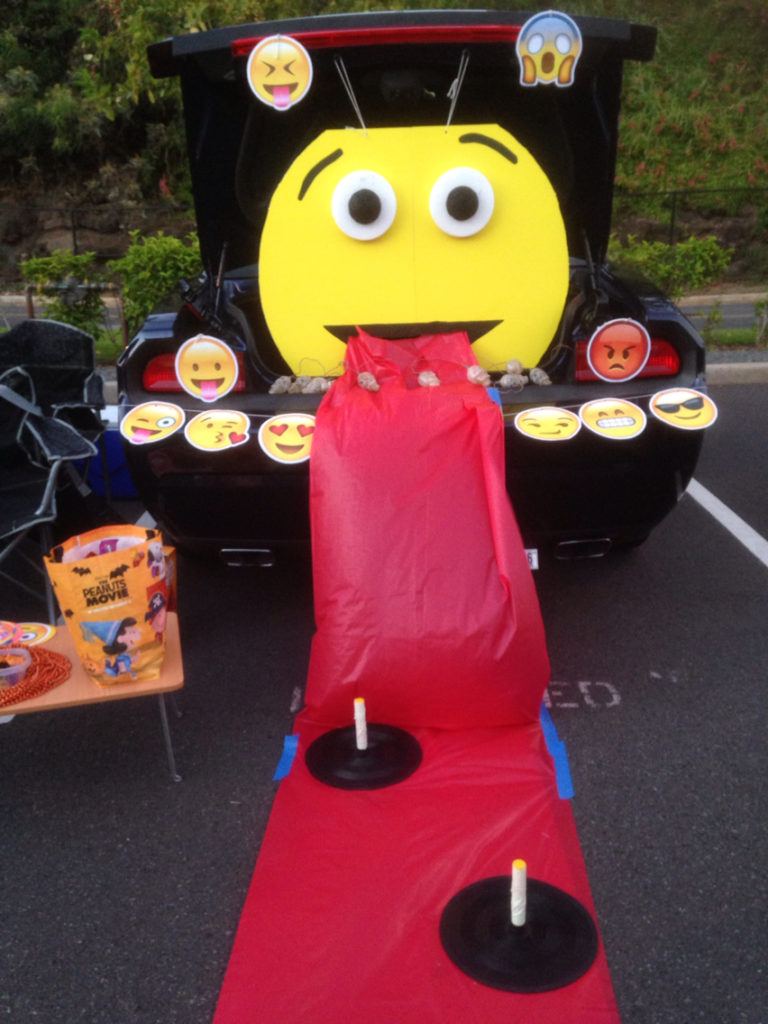 emoji-trunk-or-treat