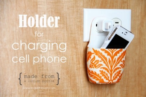 Holder For Charging Cell Phone {Tutorial}
