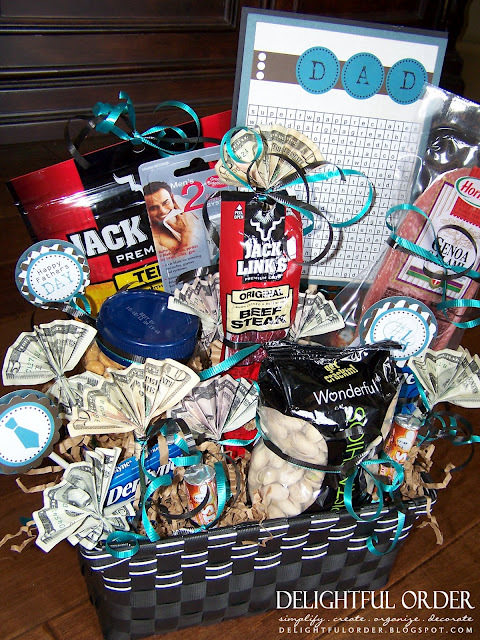 Father's Day Manly Gift Basket {free printable}