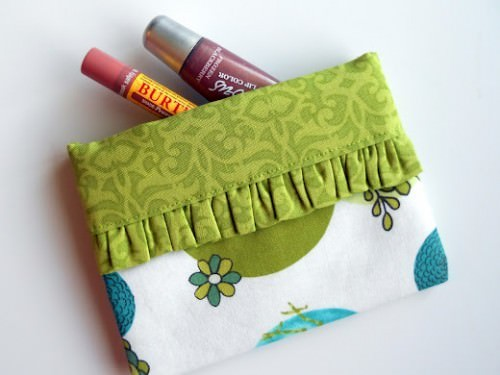 Snappy Mini Fabric Bag {Tutorial}