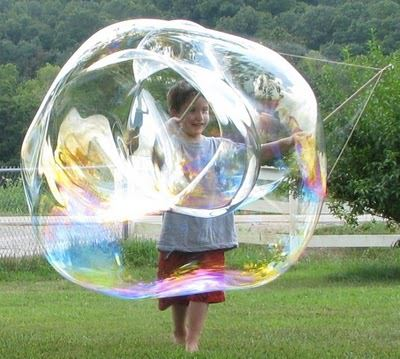 9 impressive blowing bubbles recipes tip junkie for Giant bubble wand
