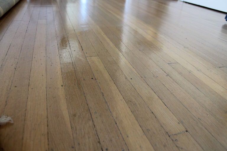 Wood Floor Polish - 6 Homemade Cleaner Recipes For Wood Floors Tip Junkie