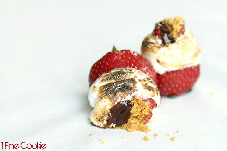 Smore-strawberries-by-1-Fine-Cookie-font-1024x683