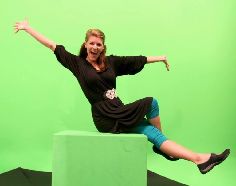 Laurie Turk Green Screen Behind the Scenes Tip Junkie