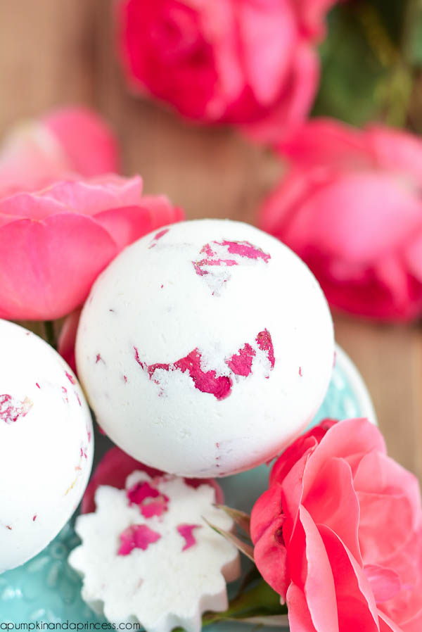 rose milk bath bomb
