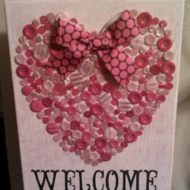 Button Heart Valentine Canvas {DIY Valentine Decor}