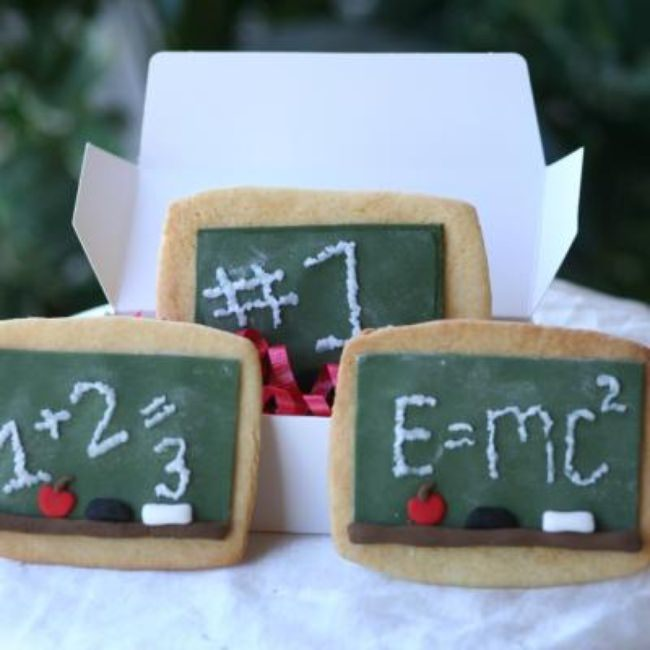 Chalkboard Cookies with Fondant Icing {Recipe}