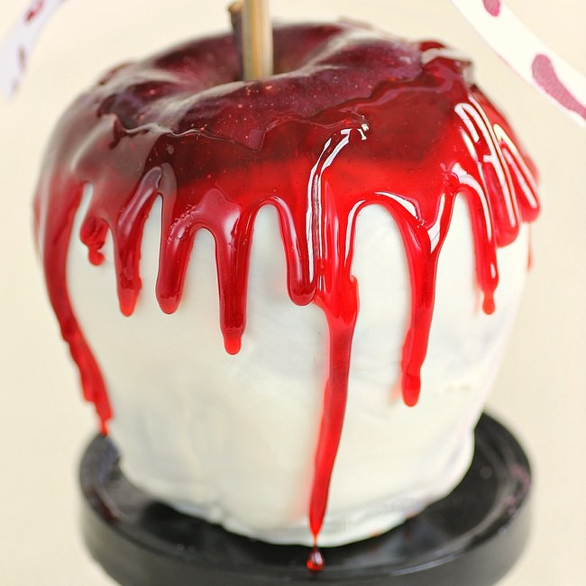 Bloody Candy Apples Recipe