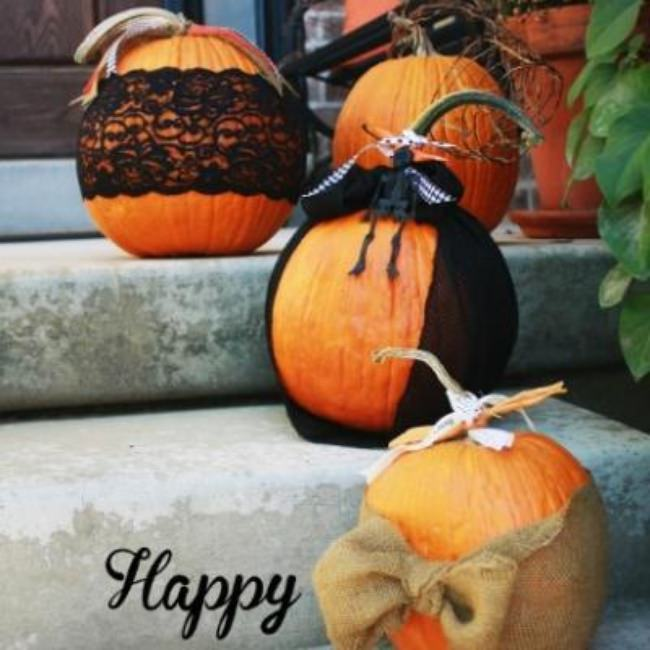 DIY Lace & Ribbon Pumpkins {pumpkin decorating ideas}