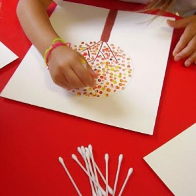 Fall Q-Tip Art {Thanksgiving Kids Craft}