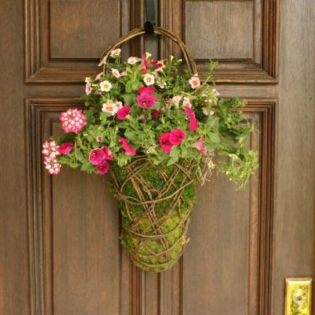 Easy Front Door Moss Basket {Flower Arrangements}