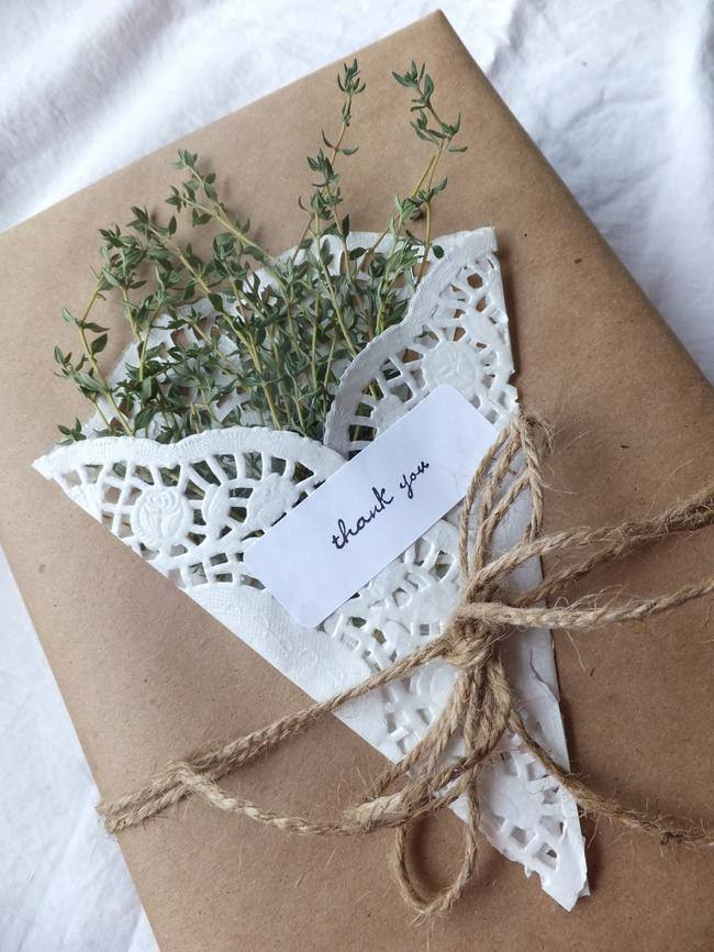 Wrapping with Herbs