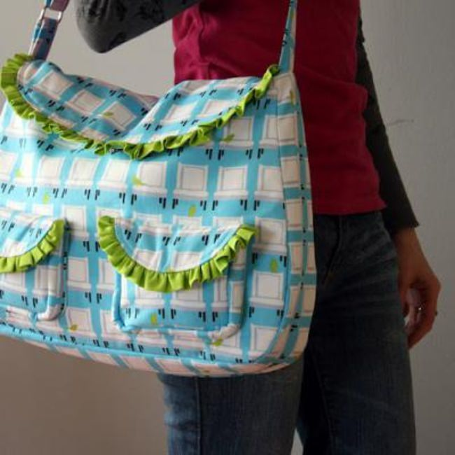 Sweet Ruffled Baby Bag {DIaper Bags}