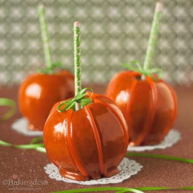 Cinnamon Caramel Apple Pumpkins {Family Fun Crafts}