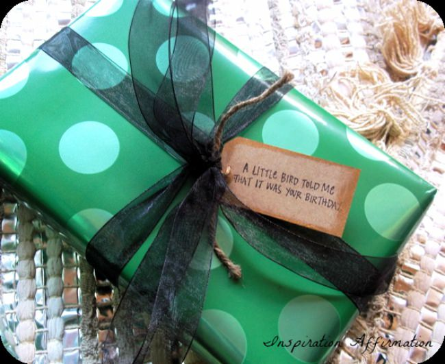 A Semi-Masculine Gift Wrap Idea