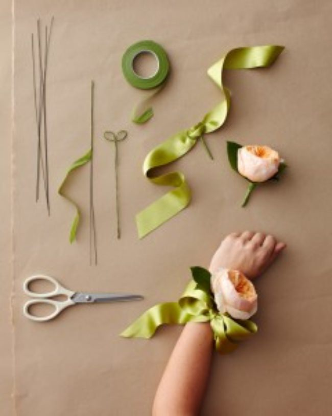 corsage-how-to-306-wd109973_vert-jpg