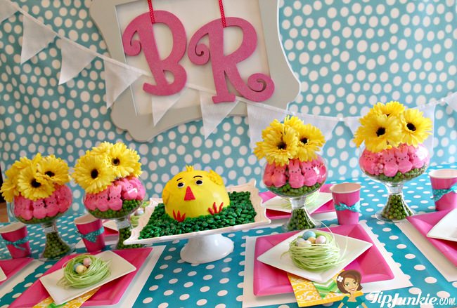 DIY Spring Table using Baskin-Robbins Chick Cake