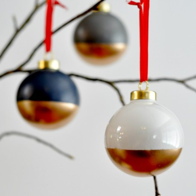 How to Make Gold Dipped Ornaments