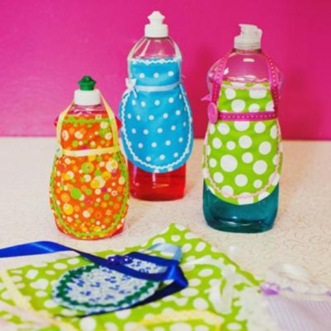 Retro Soap Bottle Aprons {Accessories}