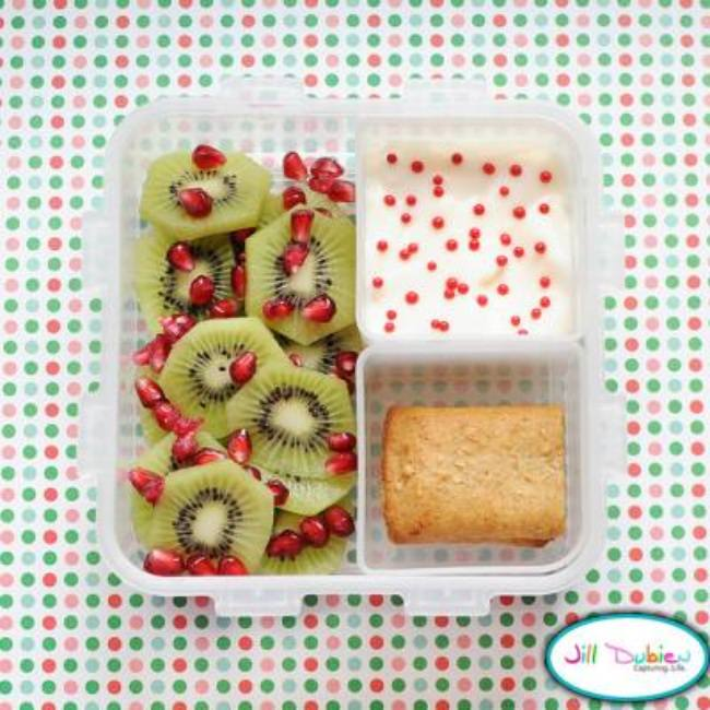 Christmas Bento Box Ideas {Edible Christmas Crafts}
