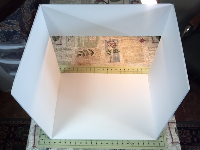 Improve Your Photos - DIY Light Box