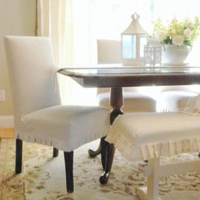 A Neutral Dining Room {decorate}