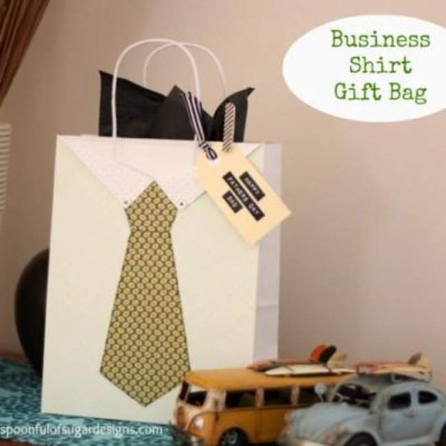 Shirt and Tie Father's Day Gift Bag {Gift Wrap}