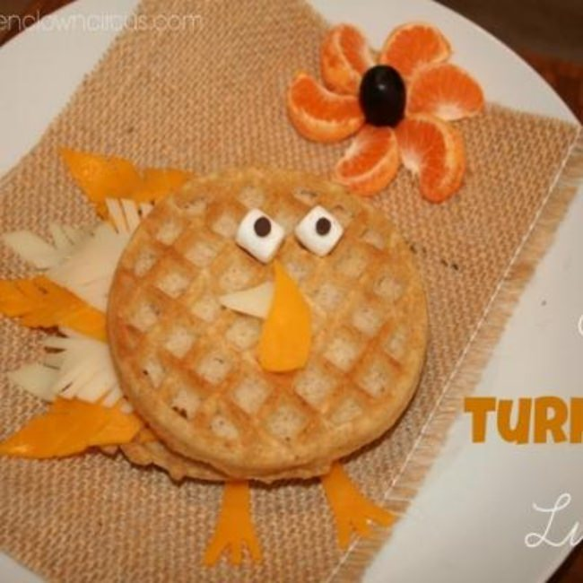 Eggo Turkey Lunch {how-to}