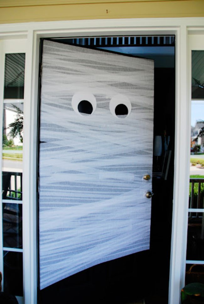 A Mummy Door Welcome