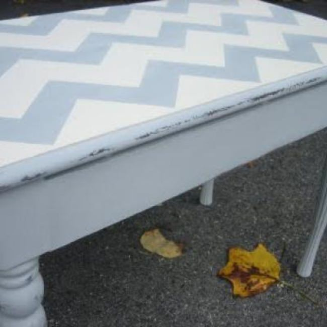 Chevron Striped Bench {Benches}