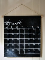 DIY Canvas Chalkboard Calendar