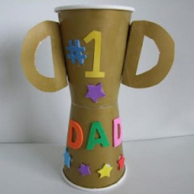 Father's Day Trophy Cup Craft {Easy Craft}