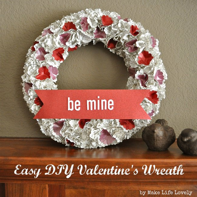 Easy Valentine's Paper Wreath Tutorial