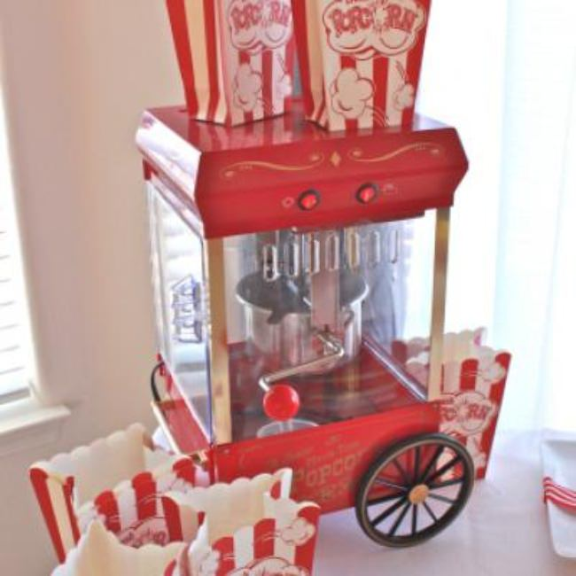 Popcorn and a Movie {party ideas}