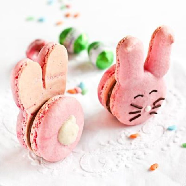 Easter Bunny Macaroons {How-To}