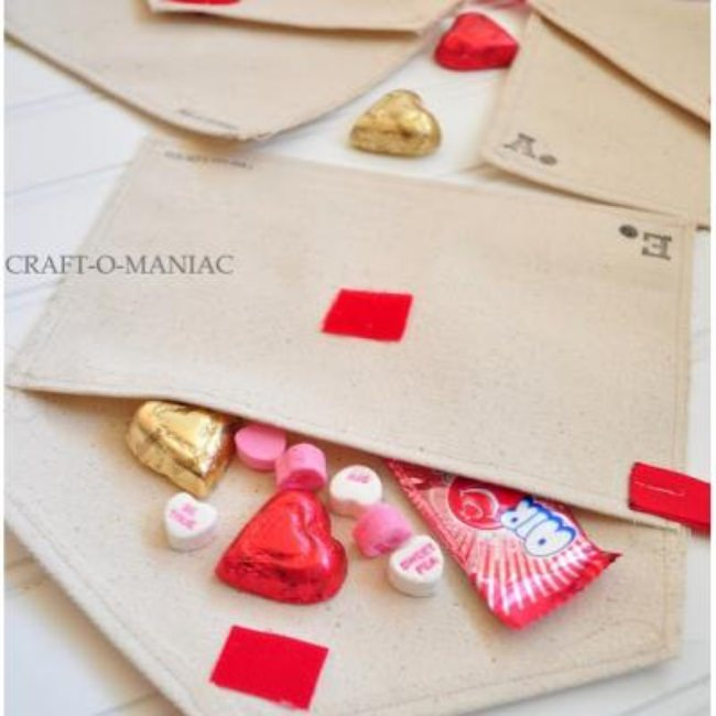 DIY Valentine Canvas Envelopes