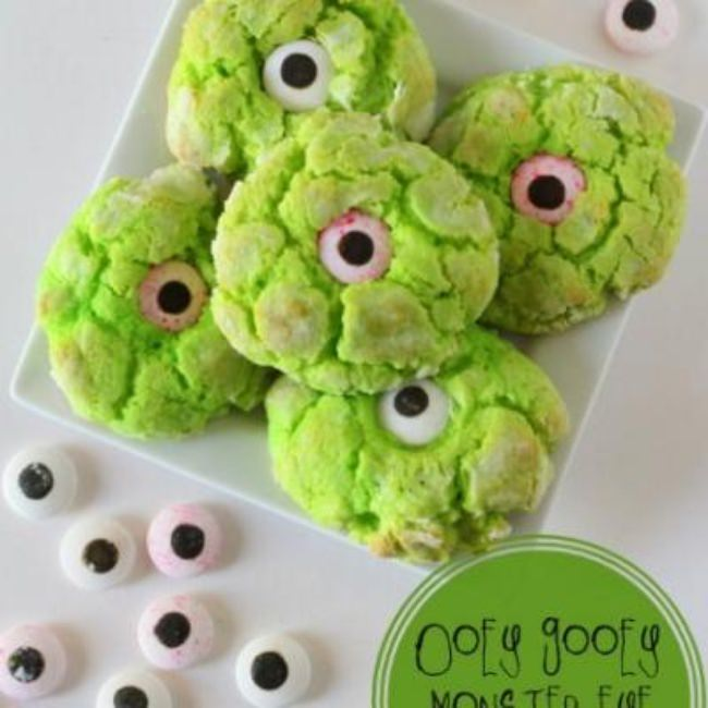 Gooey Monster Eye Cookies {halloween cookies}