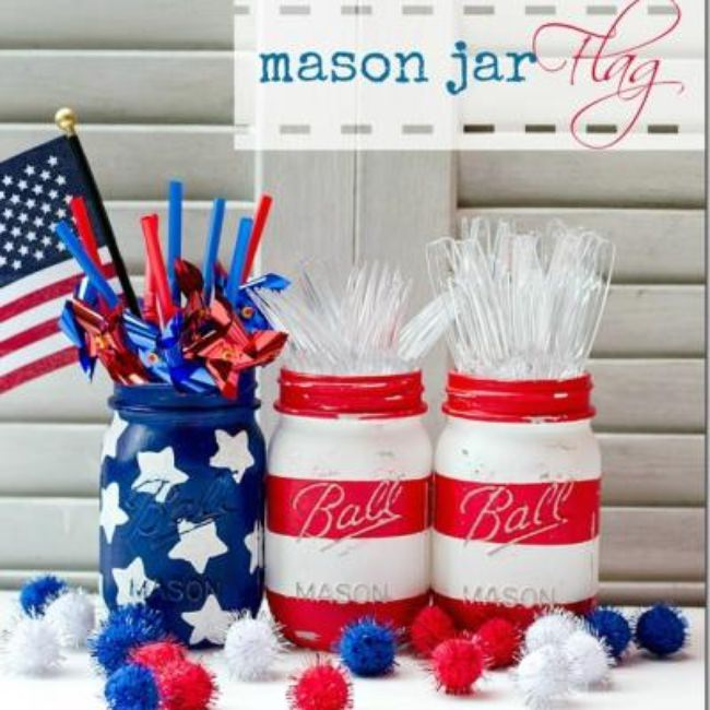 Patriotic Painted Mason Jars {4th of July Decor}