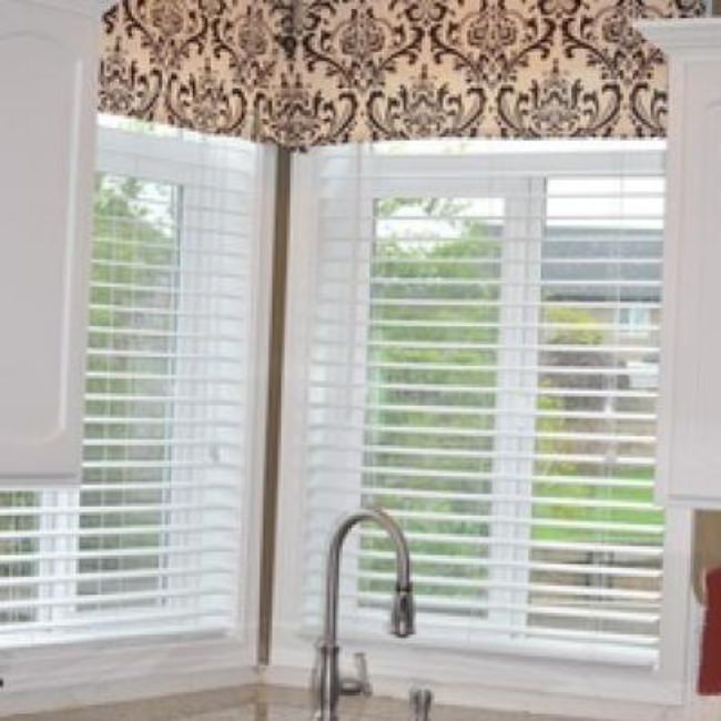 No-Sew Window Valance {Window Treatments}