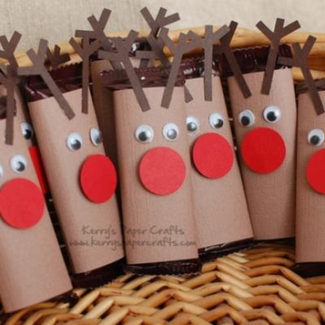 Mini Reindeer Candy Bar Wrappers {Homemade Christmas Gift}