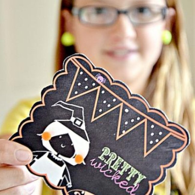 Halloween Pom Pom Earrings {halloween printables}