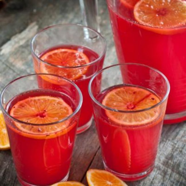 Fresh Cranberry Ginger Orange Punch {Thanksgiving Drinks}