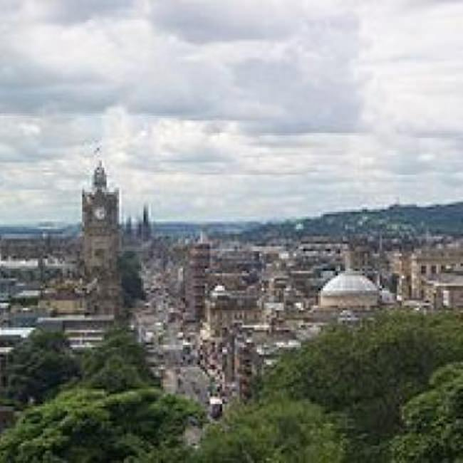 Sites to Visit in Edinburgh {Scotland}
