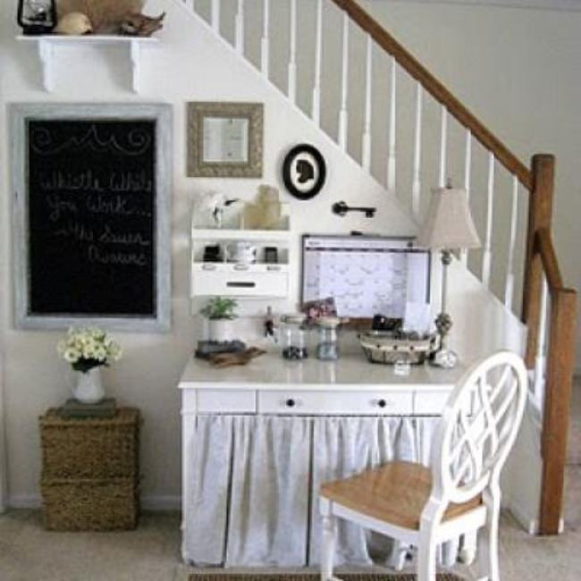 How to Create a Command Central Wall {home office}
