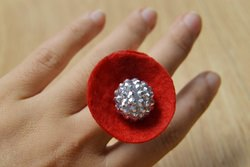 How to Make a Red Flower Ring with Silver Bead