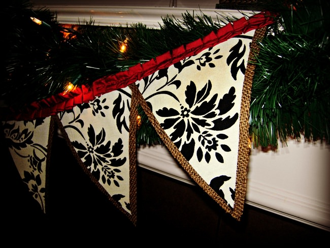 Christmas Fabric and Burlap Banner Pendant