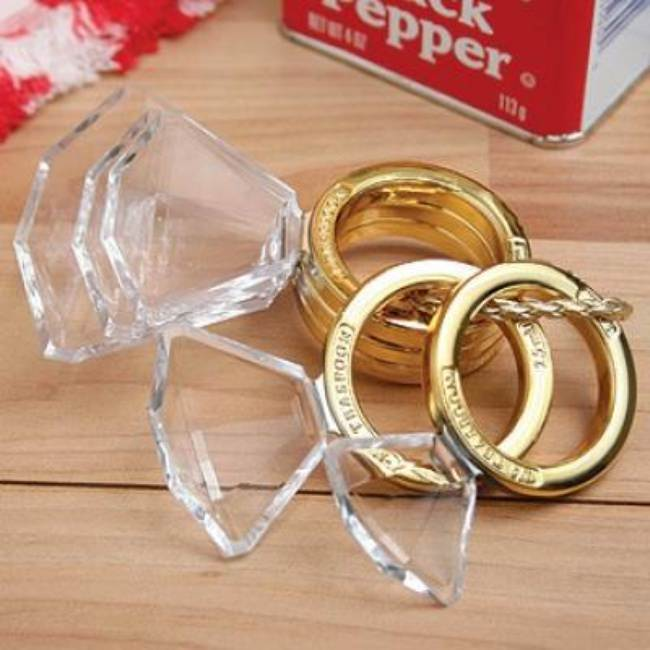 Diamond Ring Measuring Spoons {Fun Gadgets}