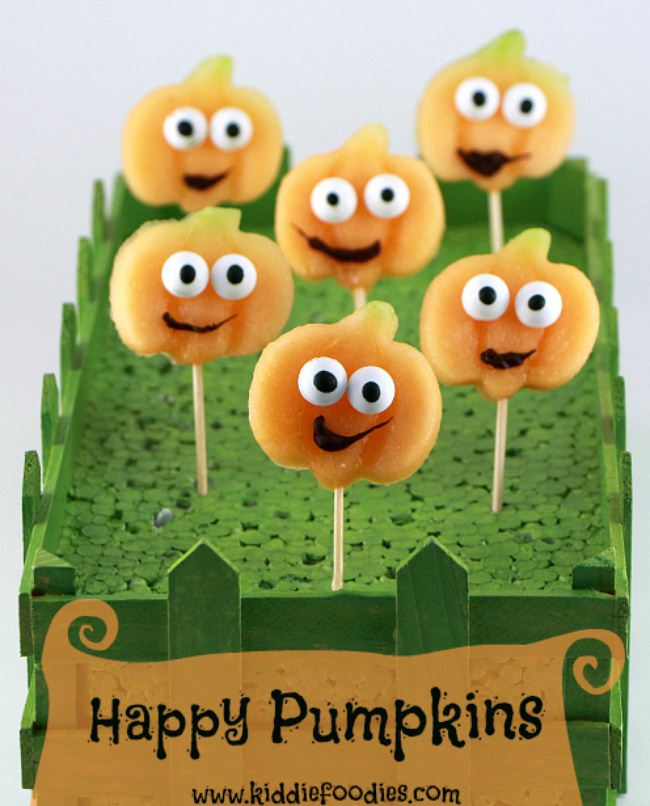 Happy pumpkins - Halloween party food ideas for kids