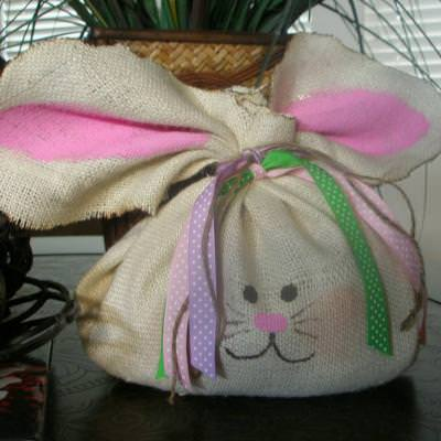 Burlap Bunny {Easter Craft}