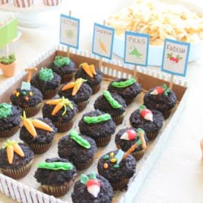 Peter Rabbit Birthday Party {Party Food Ideas}